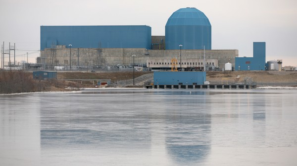 A Bunch of Nuclear Power Plants Are Closing, and It's Because of Fracking
