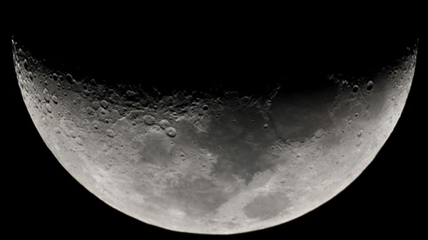 How the First Private Moon Landing Will Spur the Future of Space Mining