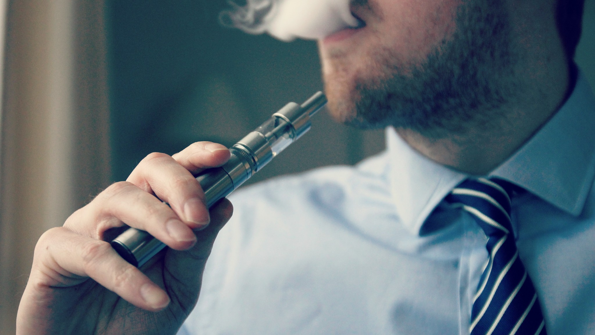 Doctors Are Giving Mixed Messages About Vaping