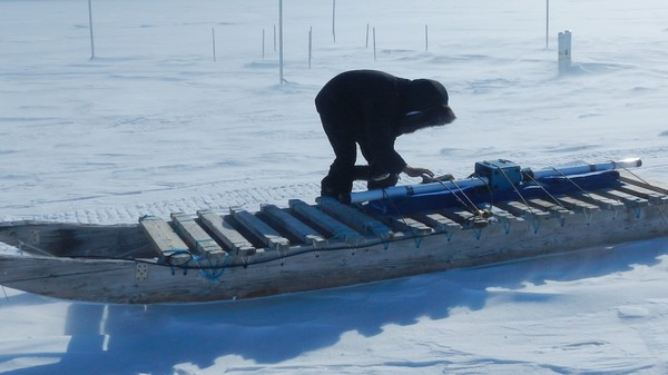 Inuit Are Embedding Sensors in the Ice Because It's Getting Dangerously Thin