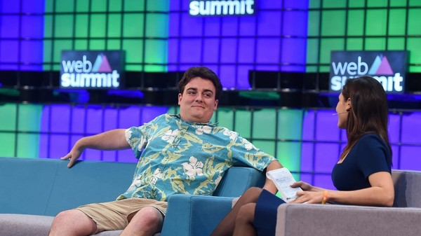 What Does Alt-Right Patron Palmer Luckey Believe?