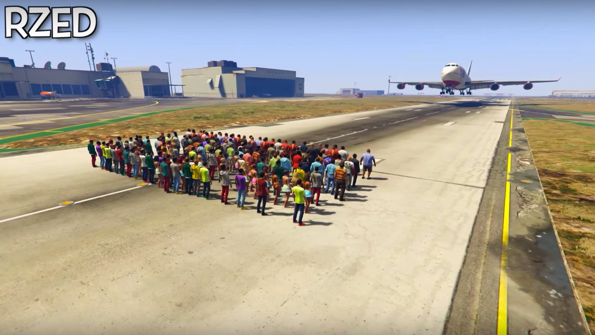 Watch Over 100 People Try to Stop a Plane Landing in GTA V