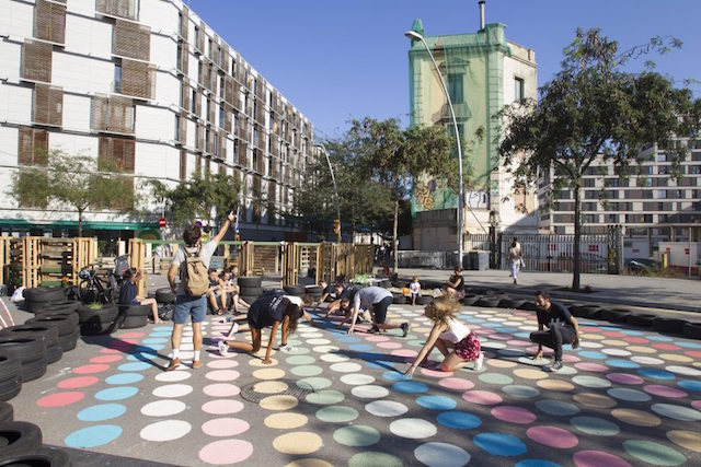 Barcelona Wants to Push Cars Out and Reclaim Roads as Public Space | Motherboard