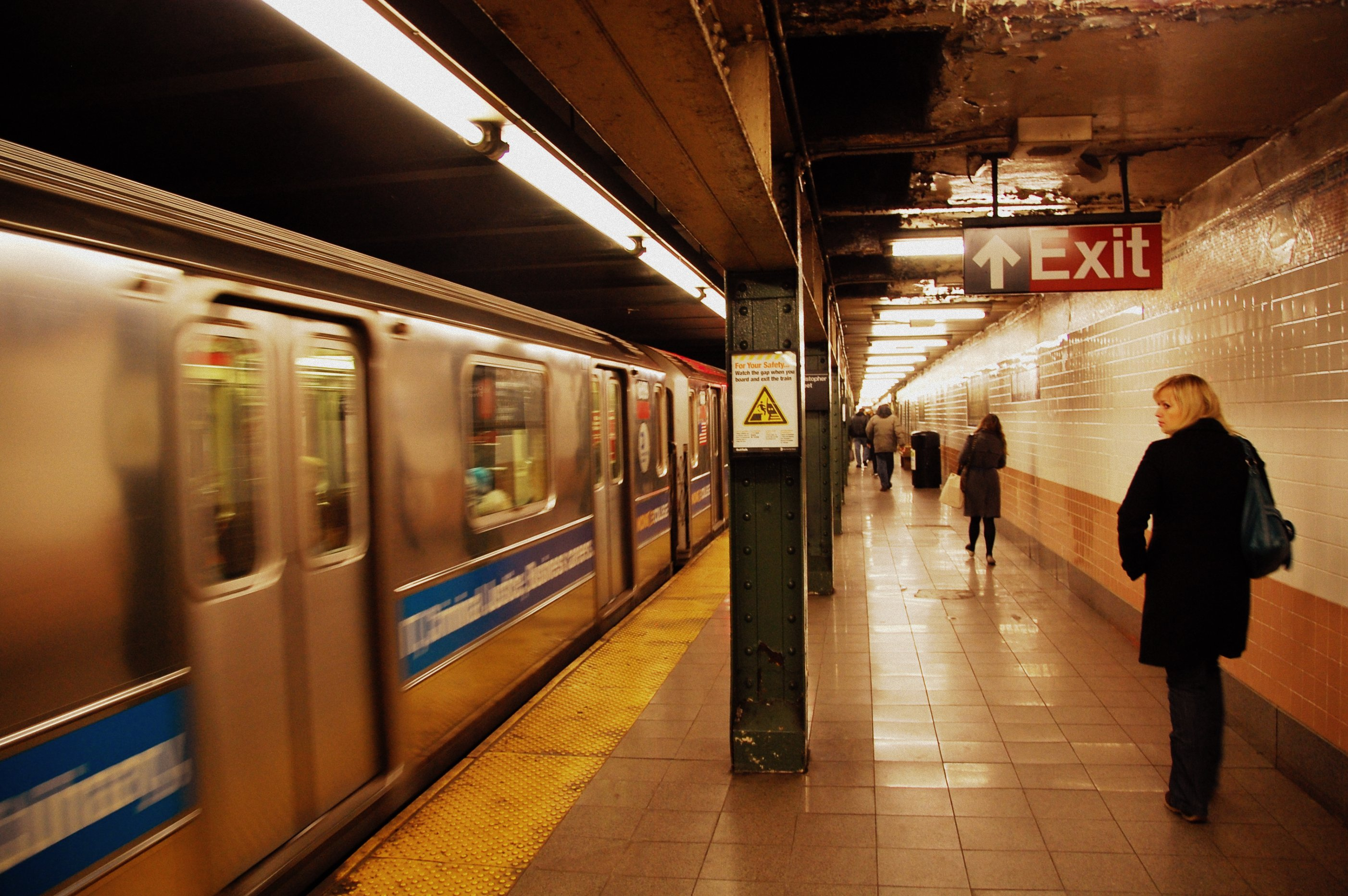 Artificial Intelligence Could Help Prevent Subway Suicide Attempts