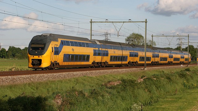 100 Percent of Dutch Trains Now Run on Wind Energy