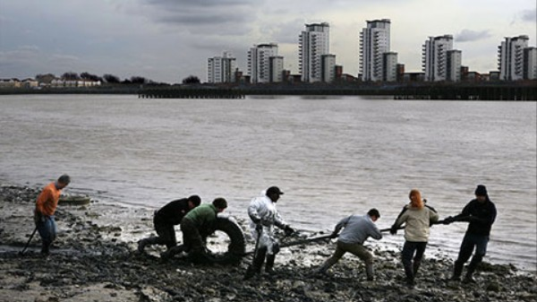 A 'River of Rubbish' Is Flowing From London Into the North Sea