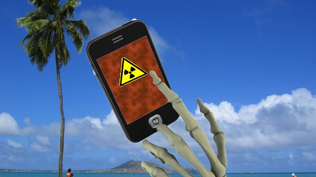 Ignoring Science and Common Sense, Hawaii Wants Warning Labels on Cell Phones