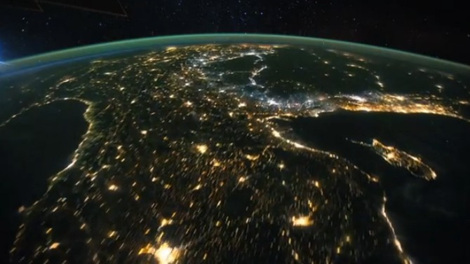 Video: Let an Astronaut Take You on a Guided Space Tour of Earth