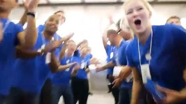 The Best Video Evidence Yet That Apple is a Cult