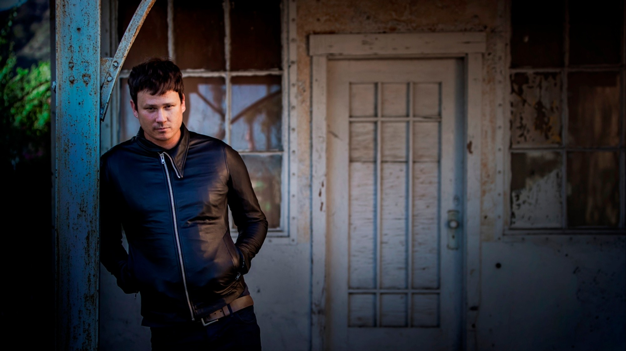 Is Tom DeLonge for Real About this UFO Stuff? Motherboard