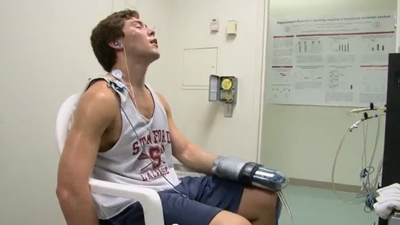 Stanford's New Power-Glove Lets Athletes Push Harder, No Chemicals Needed