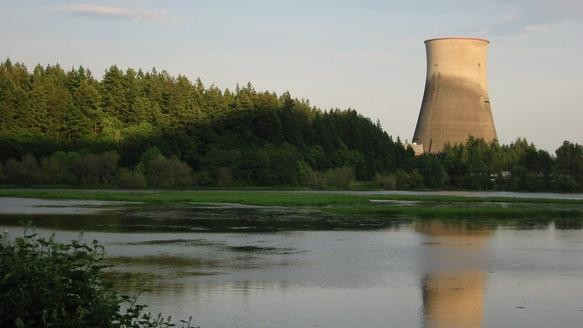 Adios, Cooling Towers: The Energy Department Wants Plug-and-Play Nuclear Reactors