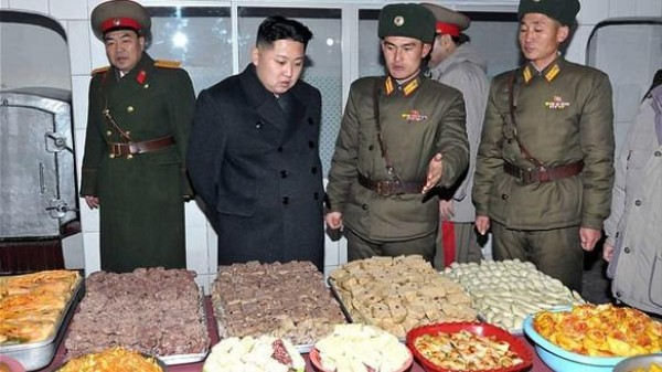 Kim Jong-Un, Fan of Looking at Things, Is Wowed by a Grocery Store