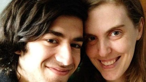 Ones and Zeros: Prosecutors Rejected Aaron Swartz's Plea Last Week, Beijing's Air, Lazy Astronauts