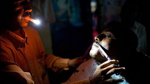 The Vicious, Mysterious Cycle of Yemen's Blackouts