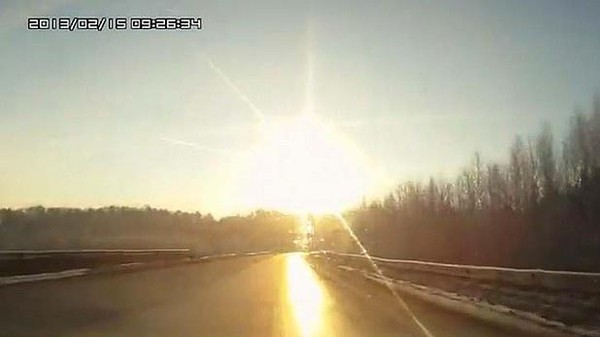 The Flaming Meteor that Terrified Russia and Injured Hundreds, as Seen on Stunning Dash Cam Videos