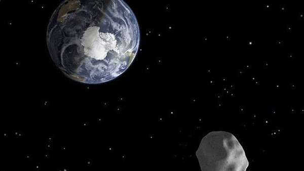 The Asteroid Flyby and Russian Meteorite Conspiracy Theories Are Terrible