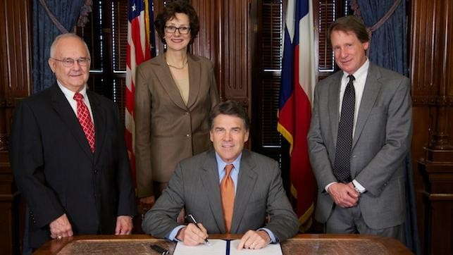 Texas Is the First State to Ban Warrantless Email Surveillance