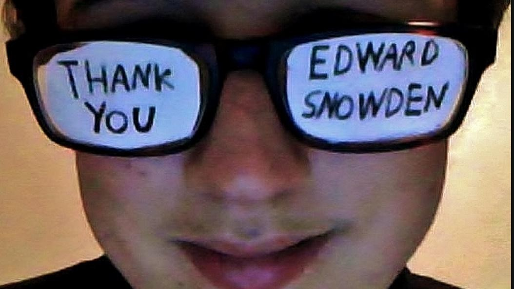 Thousands of Grateful Netizens Are Sending Edward Snowden Virtual Thank You Notes