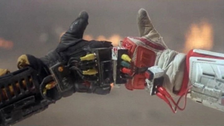 Today in Relevant 90s Movies: the 1990 Sci-Fi Masterpiece 'Robot Jox'